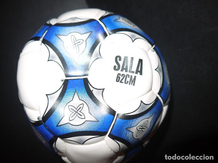 Coleccionismo deportivo: INCREIBLE BALON DE BUTBOL SALA AÑOS 80, MUNICH SIN USO DE TIENDA. - Foto 2 - 62188032