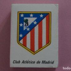 Coleccionismo deportivo: CAJA DE CERILLAS DE ESCUDO DEL AT. MADRID LIGA 81-82 MUNDIAL ESPAÑA 82. Lote 204517141