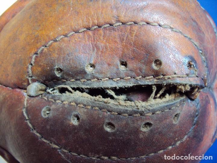 Coleccionismo deportivo: (F-170223)BALON FUTBOL 12 PANALES AÑOS 20-30 CON RED COLORES DEL F.C.BARCELONA - Foto 3 - 76215771