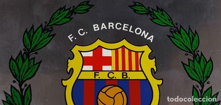 Coleccionismo deportivo: PLACA CONMEMORATIVA FC BARCELONA. CAMPEON LIGA 1973-74. METAL ESMALTADO. 1974. - Foto 2 - 82265052