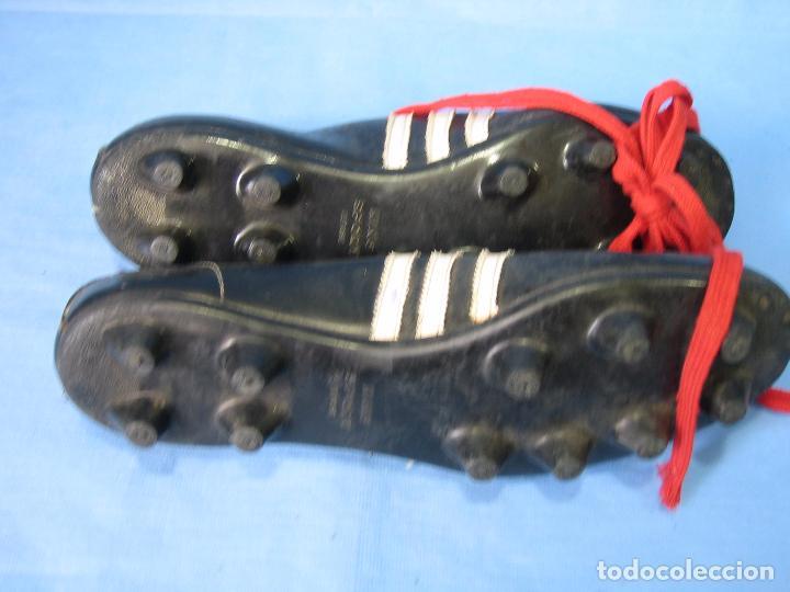 Coleccionismo deportivo: Botas de fútbol antiguas. Número 43 del mismo pie - Foto 3 - 88930912