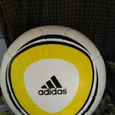 Coleccionismo deportivo: BALON ADIDAS ORIGINAL JABULANI 2010 MUNDIAL DE SUDAFRICA. Lote 93395000