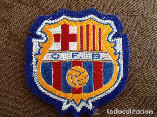 ANTIGUO ESCUDO CAMISETA MODELO MILAN DEL FUTBOL CLUB F.C BARCELONA (Coleccionismo Deportivo - Material Deportivo - Fútbol)