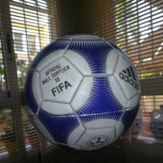Coleccionismo deportivo: BALON ADIDAS TERRESTRA - NO REPLICA - OFFICIAL BALL SUPPLIER TO FIFA. Lote 95052779