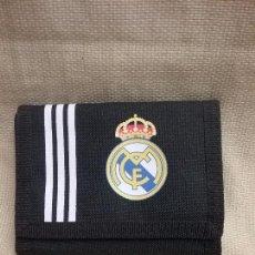 Coleccionismo deportivo: CARTERA MONEDERO OFICIAL DEL CLUB DE FÚTBOL REAL MADRID ADIDAS . Lote 96933039
