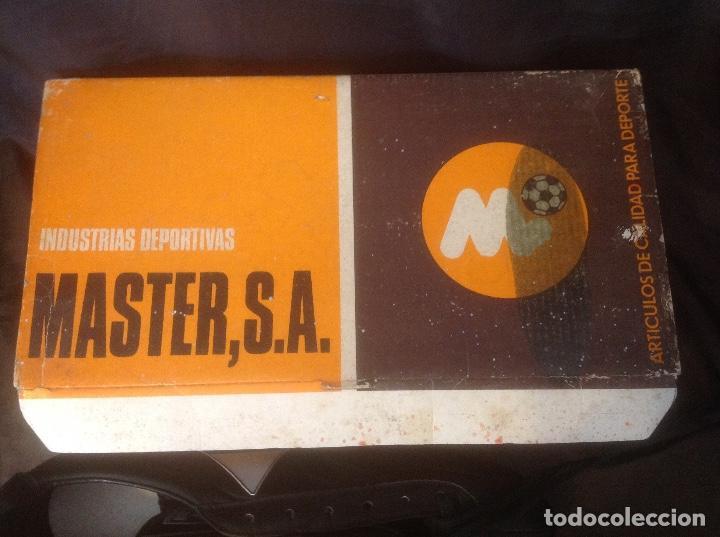 Coleccionismo deportivo: Botas de futbol antiguas MADE IN SPAIN a estrenar en caja Industrias Deportivas Master, SA Número 42 - Foto 3 - 98428175