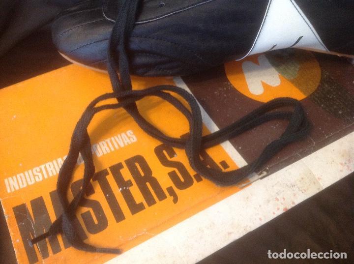 Coleccionismo deportivo: Botas de futbol antiguas MADE IN SPAIN a estrenar en caja Industrias Deportivas Master, SA Número 42 - Foto 16 - 98428175