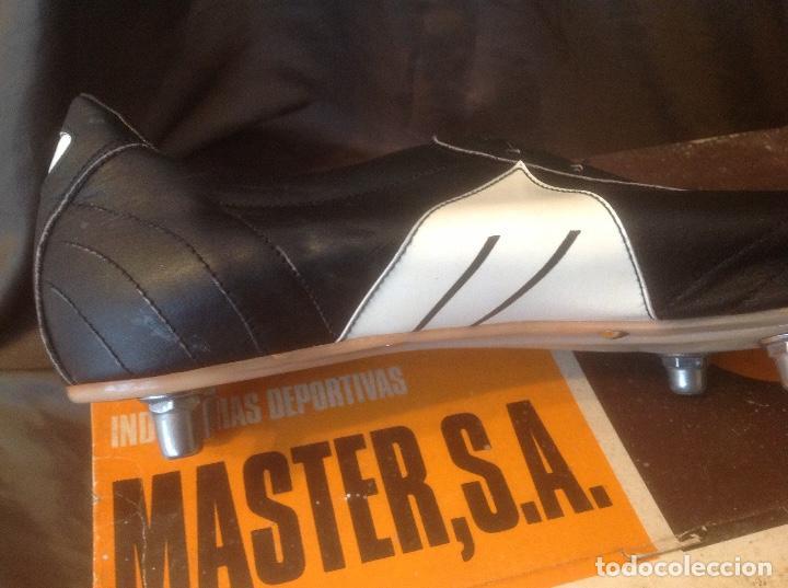 Coleccionismo deportivo: Botas de futbol antiguas MADE IN SPAIN a estrenar en caja Industrias Deportivas Master, SA Número 42 - Foto 20 - 98428175