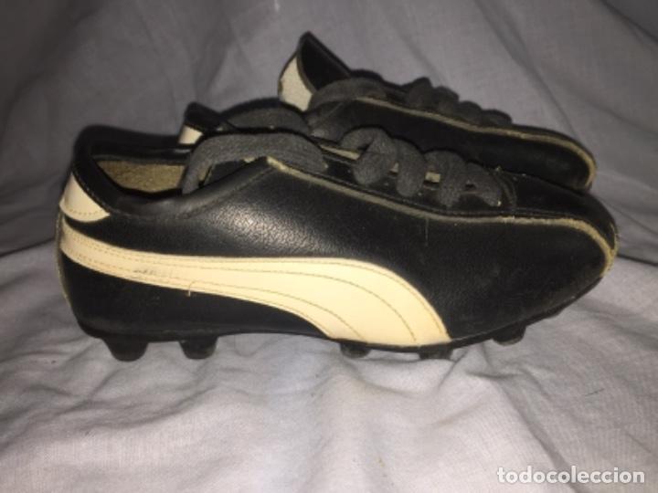 Coleccionismo deportivo: Botas de fútbol cejudo València talla pequeña - Foto 2 - 103639027
