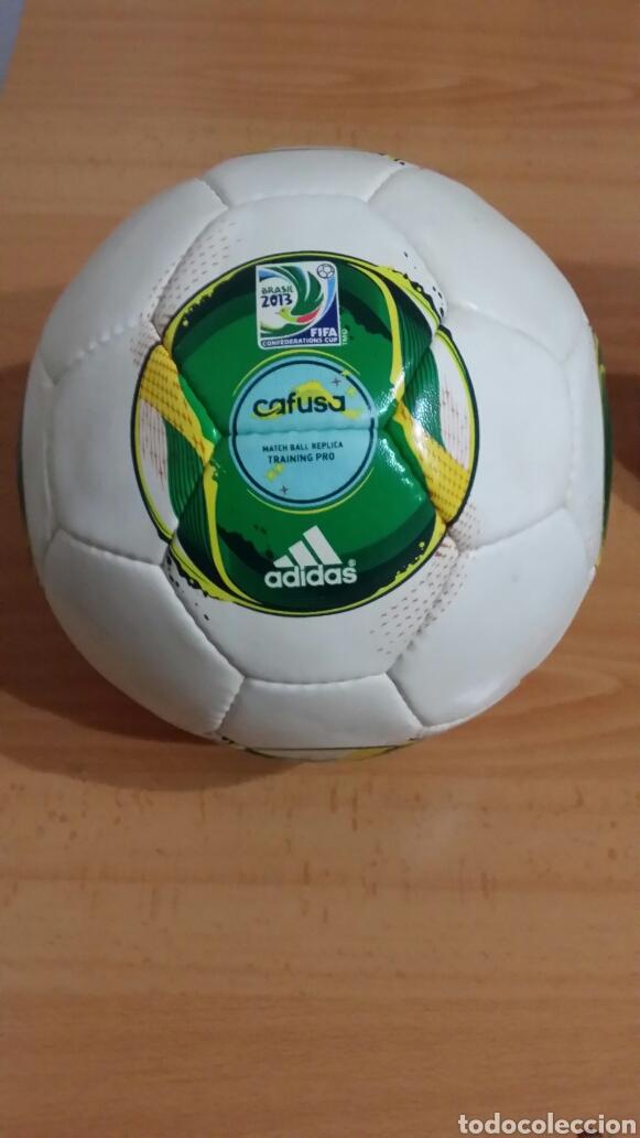 BALÓN ADIDAS CAFUSA BRASIL 2013 (Coleccionismo Deportivo - Material  Deportivo - Fútbol) 66a6bcb370d56