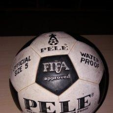 Coleccionismo deportivo: ANTIGUO BALÓN PELÉ- OFFICIAL SIZE 5. Lote 110889696