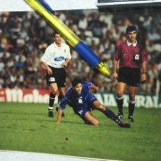 Coleccionismo deportivo: GRANDE 15X20 CM - ANTIGUA FOTOGRAFIA FUTBOL ORIGINAL - VALENCIA REAL MADRID - FOTOS KODAK. Lote 113657963