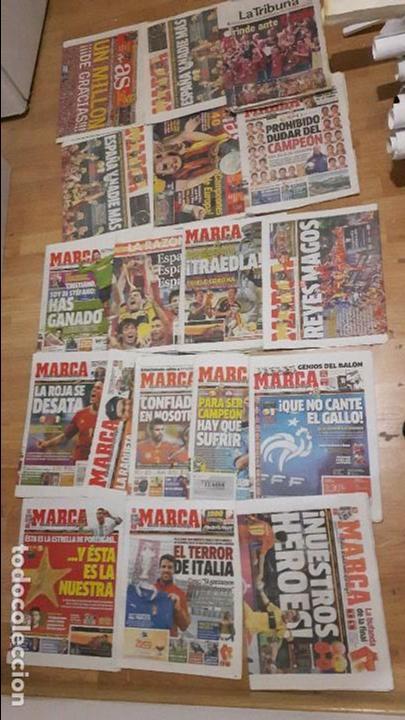 SELECCIÓN ESPAÑOLA DE FÚTBOL LOTE 18 PERIÓDICOS 2 EUROCOPA (Coleccionismo Deportivo - Material Deportivo - Fútbol)
