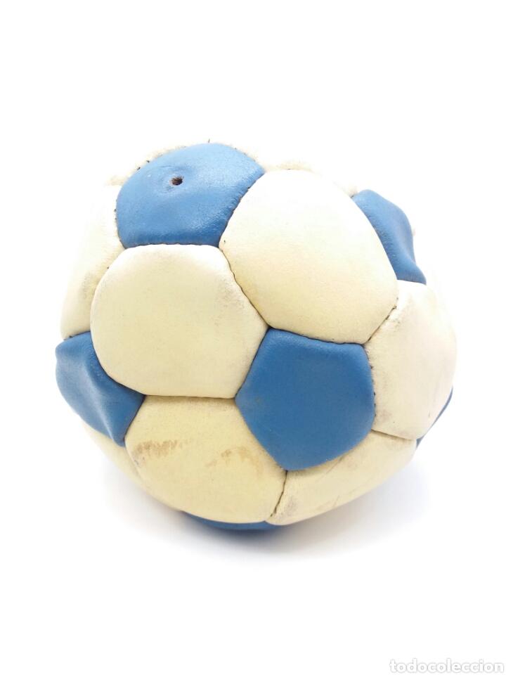 Coleccionismo deportivo: Balón de Fútbol ZEUS cosido a mano años 70 fabricado en Francia - Foto 2 - 118366591