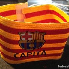 Coleccionismo deportivo: CAJA 2 BRAZALETE CAPITAN SEÑERA FUTBOL CLUB FC BARCELONA F.C BARÇA CF. Lote 131233779