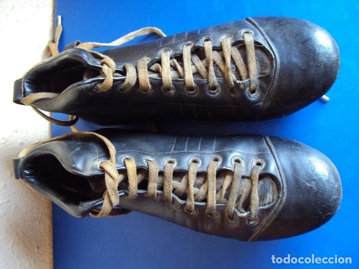 Coleccionismo deportivo: (F-180700)ANTIGUAS BOTAS DE FOOT-BALL - AÑOS 40-50 - Foto 5 - 126863411