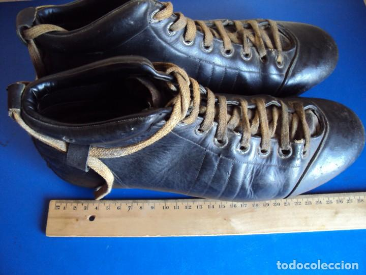 Coleccionismo deportivo: (F-180700)ANTIGUAS BOTAS DE FOOT-BALL - AÑOS 40-50 - Foto 6 - 126863411