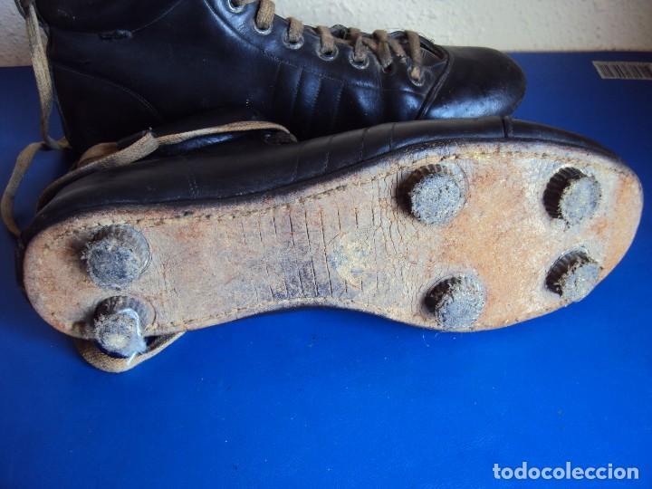 Coleccionismo deportivo: (F-180700)ANTIGUAS BOTAS DE FOOT-BALL - AÑOS 40-50 - Foto 9 - 126863411
