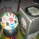 Coleccionismo deportivo: BOLA MUSICAL MUNDIAL FIFA 1992. Lote 127498039