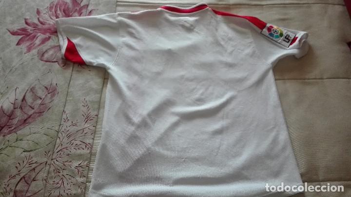 Coleccionismo deportivo: CAMISETA SEVILLA FC JOMA LINEA FIESTAS MAYORES DE SEVILLA - Foto 6 - 129965603