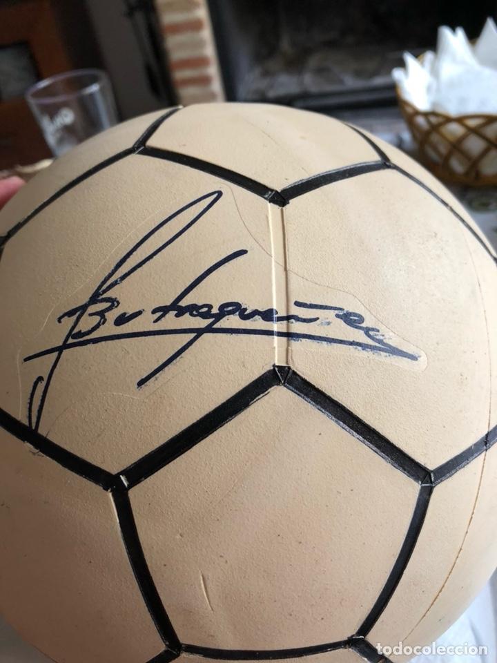 Coleccionismo deportivo: Balón publicitario caoflor firma Emilio butrageño, muy raro, nuevo - Foto 2 - 133116843