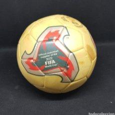 Coleccionismo deportivo: COLECCION MARCA DE BALONES DE LOS MUNDIALES. BALON FEVERNOVA MUNDIAL DE JAPON Y COREA 2002 - CAR118. Lote 206898823