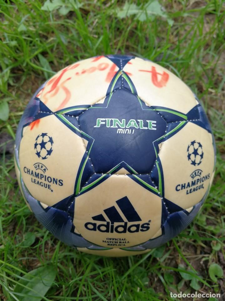 MINIBALÓN OFICIAL CHAMPIONS LEAGUE ROMA- F.C.BARCELONA- MANCHESTER U., FIRMADA XAVI (BEST PLAYER) (Coleccionismo Deportivo - Material Deportivo - Fútbol)