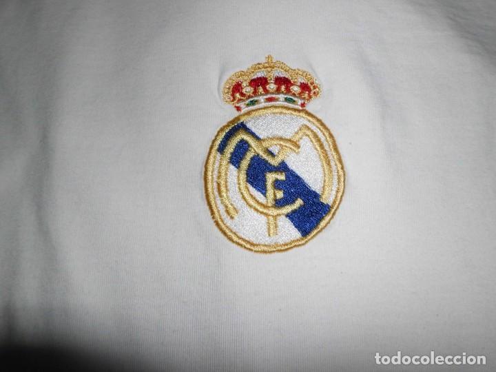 Coleccionismo deportivo: Camiseta de algodón del Real Madrid con firmas - Foto 6 - 143737146