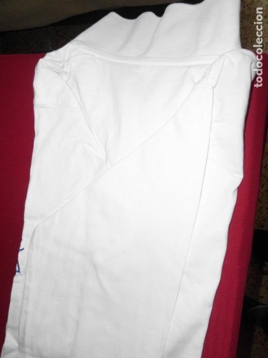 Coleccionismo deportivo: Camiseta de algodón del Real Madrid con firmas - Foto 11 - 143737146