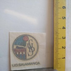 Coleccionismo deportivo: ANTIGUA CALCOMANIA AÑOS 70S- ESCUDO FUTBOL LIGA - UNION DEPORTIVA SALAMANCA. Lote 146072074