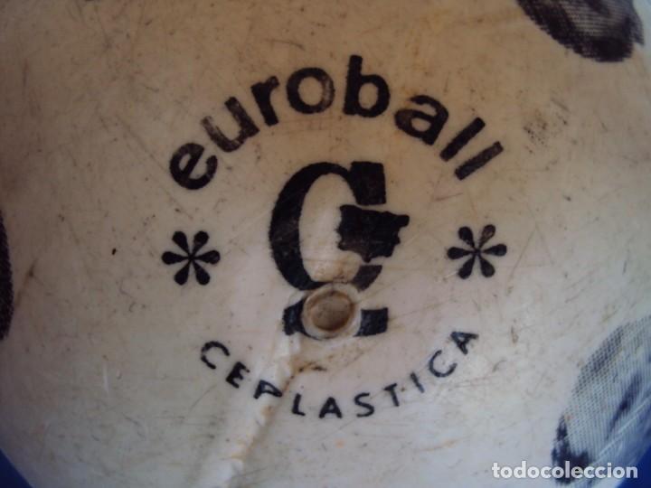 Coleccionismo deportivo: (F-190131)BALON DEL VALENCIA C.F. AÑOS 70 - Foto 2 - 146263854