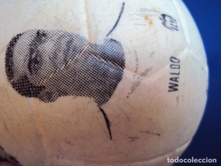 Coleccionismo deportivo: (F-190131)BALON DEL VALENCIA C.F. AÑOS 70 - Foto 6 - 146263854