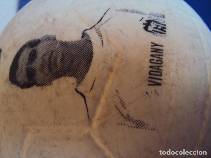 Coleccionismo deportivo: (F-190131)BALON DEL VALENCIA C.F. AÑOS 70 - Foto 8 - 146263854