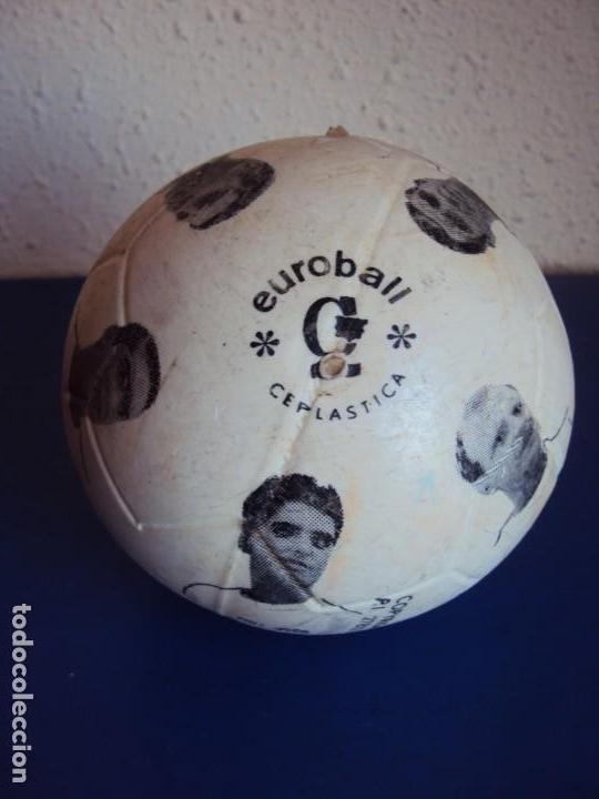 (F-190131)BALON DEL VALENCIA C.F. AÑOS 70 (Coleccionismo Deportivo - Material Deportivo - Fútbol)