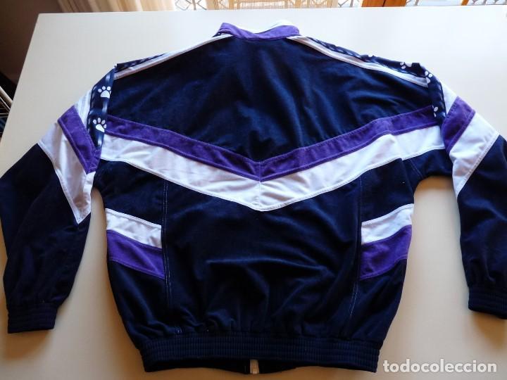 Coleccionismo deportivo: Chaqueta Kelme Real Madrid - Foto 8 - 147060842