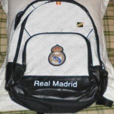 Coleccionismo deportivo: MOCHILA GRANDE DEL REAL MADRID EN PERFECTO ESTADO. Lote 147542814