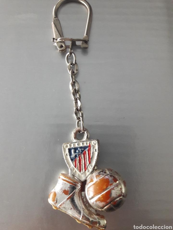 Coleccionismo deportivo: Llavero años 40 Athletic de Bilbao - Foto 2 - 147716010