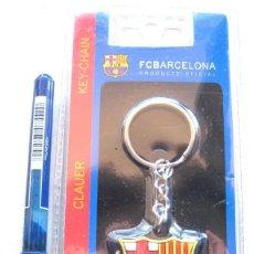Coleccionismo deportivo: LLAVERO OFICIAL FC BARCELONA ESTUCHE LOGO / ESCUDO KEY RING CHAIN CLAUER PLASTIC. Lote 149879814