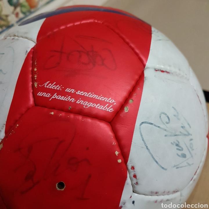 Coleccionismo deportivo: Balon firmado por Antonio Reyes y resto de la plantilla del Atlético de Madrid 2009 - Foto 4 - 149999686
