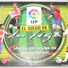 Coleccionismo deportivo: EL JUEGO DE LA LIGA 2008 - 2009 FUTBOL CASI COMO NUEVO, ED. BORRAS Y OFICIAL LFP. Lote 150084338