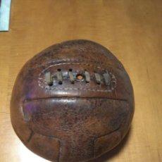 Coleccionismo deportivo: ANTIGUA PELOTA DE FÚTBOL AÑOS 40-50. Lote 150485542