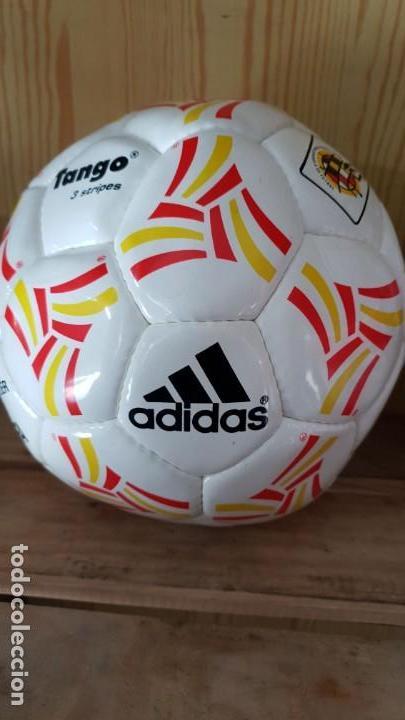 Balón adidas usado - compra   venta - encuentra el mejor precio 06c19c73a525d