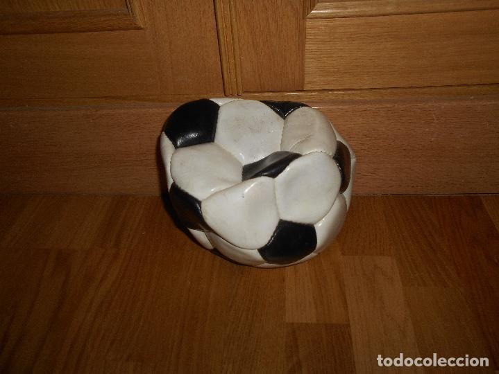 Coleccionismo deportivo: ANTIGUO BALON DE FUTBOL ITALIA 90 MONDO OFFICIAL LICENSEE COSIDO A MANO - Foto 5 - 152225450