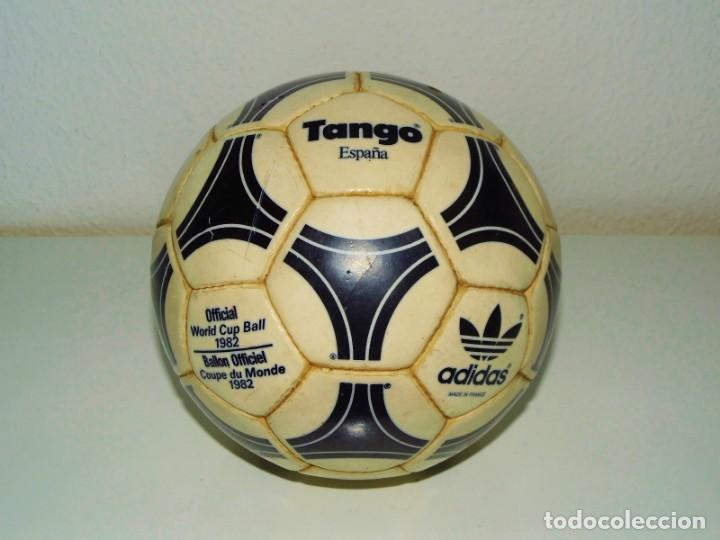 Balon adidas tango españa made in france 1982 - España - Se vende balón  adidas tango 527fdb344a7b6