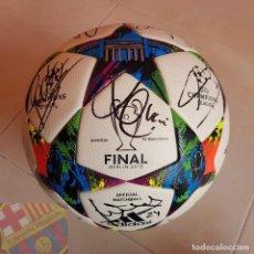 Coleccionismo deportivo: FC BARCELONA BARÇA BALON MATCH BALL FINAL CHAMPIONS LEAGUE BERLIN 2015 FIRMADO PLANTILLA TRIPLETE. Lote 154648078