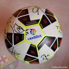 Coleccionismo deportivo: FC BARCELONA BARÇA 2014-15 BALON LFP MATCH UN WORN BALL FIRMADO EQUIPO TRIPLETE. Lote 155109806