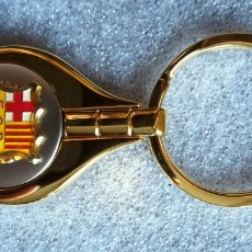 Coleccionismo deportivo: LLAVERO DE FÚTBOL- FÚTBOL CLUB BARCELONA.. Lote 156755066