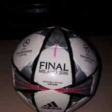 Coleccionismo deportivo: ANTIGUO BALÓN ADIDAS - CHAMPIONS LEAGUE - FINAL MILANO 2016. Lote 158968210