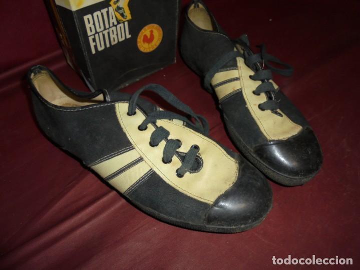 Coleccionismo deportivo: magnificas antiguas botas de futbol de la marca elche - Foto 2 - 160416962