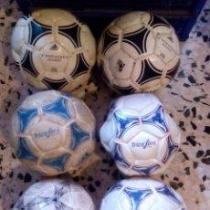 Coleccionismo deportivo: BALONES DE FÚTBOL. Lote 160619030